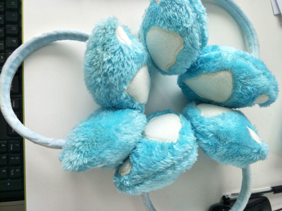 1 Piece Foot Paw Shape Fur Earmuff Ear Muff Ear Warmers Winter Outdoor Women Christmas Gift Headwear