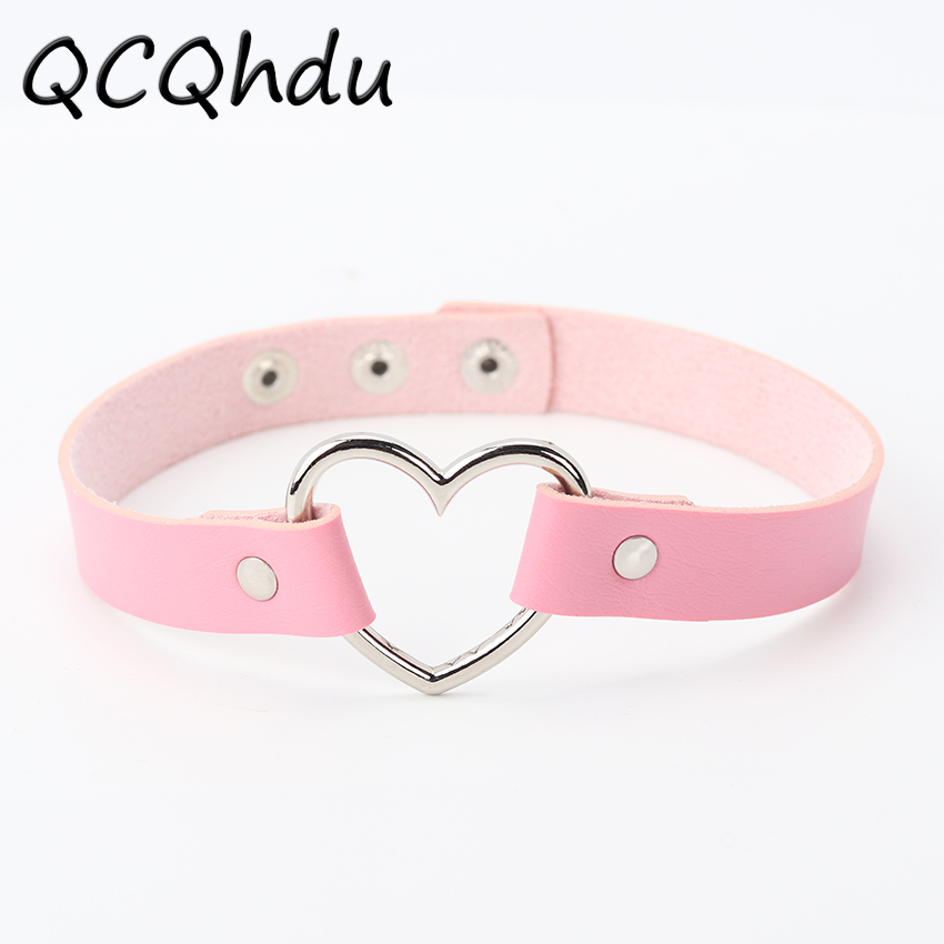 Hot PU Leather Punk Heart Studded Choker Necklace Rivet Buckle Collar Necklace Gift for Women Jewelry