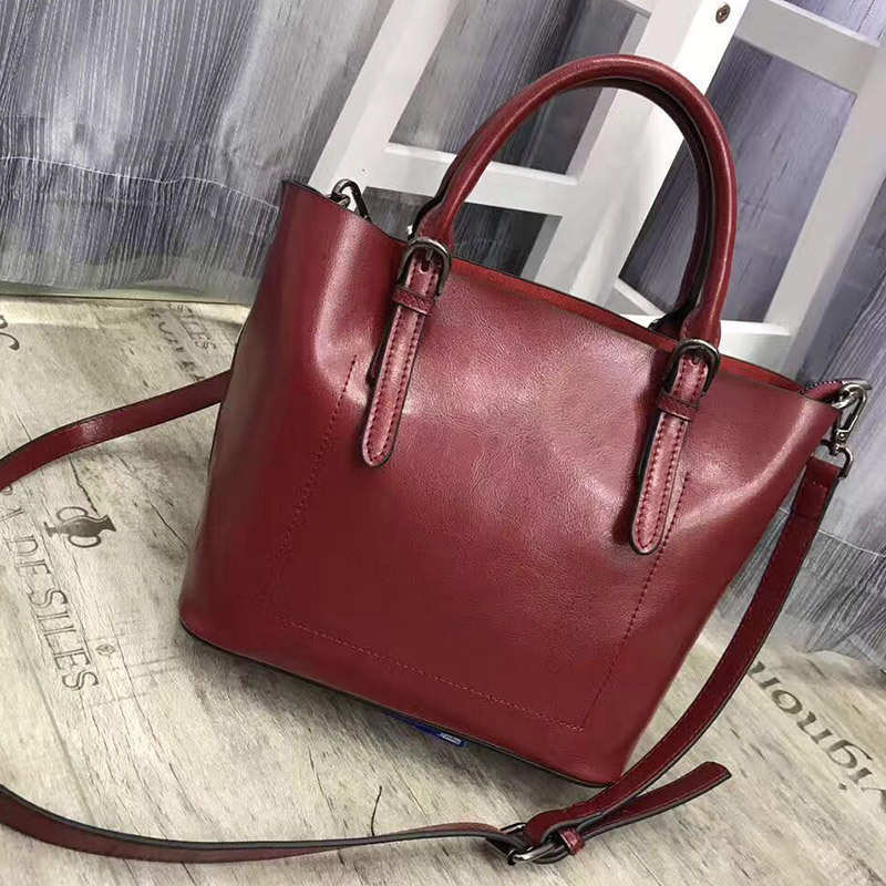 Classical Genuine Leather Women Handbags Oil Wax Cowhide Casual Totes Bag Luxury Deisnger Vintage Shoulder Crossbody Bags F341