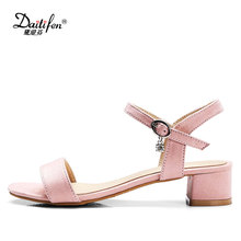 Daitifen 2018 Sweet Ankle Wrap Buckle Strap Ladies Scandal Casual Med Heel Sandal Comfort Square Heel Woman Footwear Summer