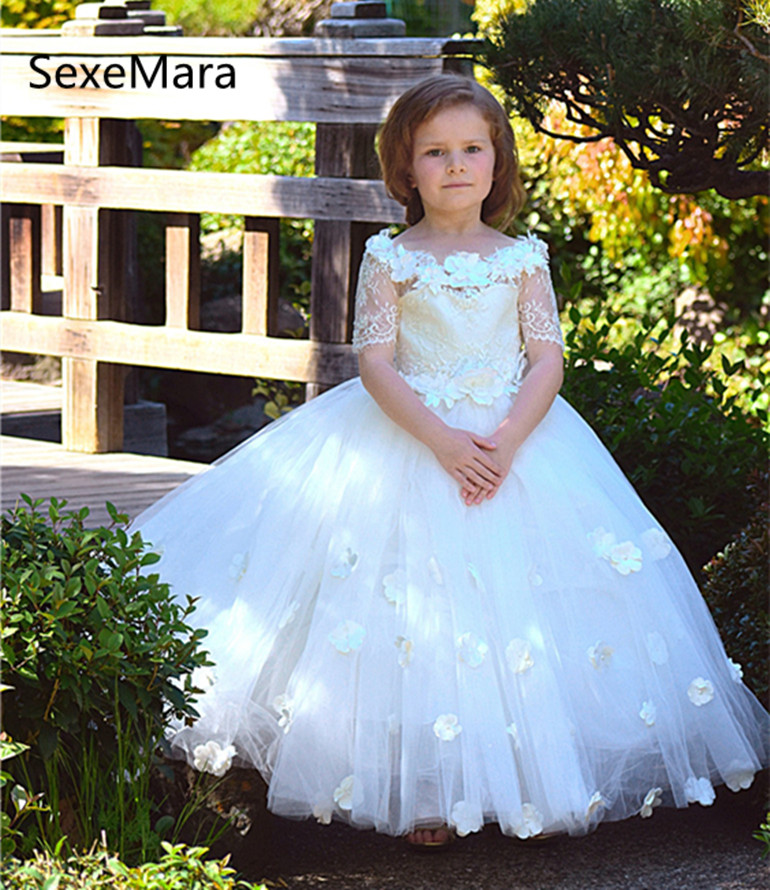 White Ivory Lace Off Shoulder Flower Girls Dresses With Belt Floor Length Girls First Communion Dress Little Princess Girl Dress white lace details off shoulder playsuits with belt page 4