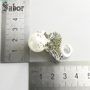Image 2 - Pendant Frog silver color Green Zirconia For Women Gift Key Chains Jewelry Pendant Fit Necklace thomas