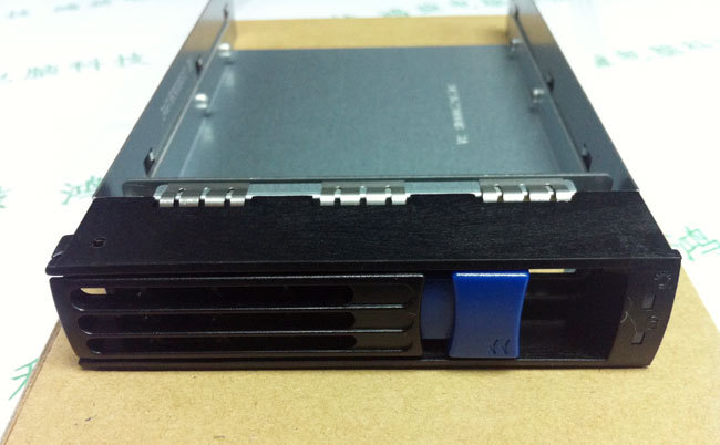 High Quality 3.5 Hard Disk Drive HDD Bracket Tray Caddy 6 Drive Mounting Screws included for R525 G3
