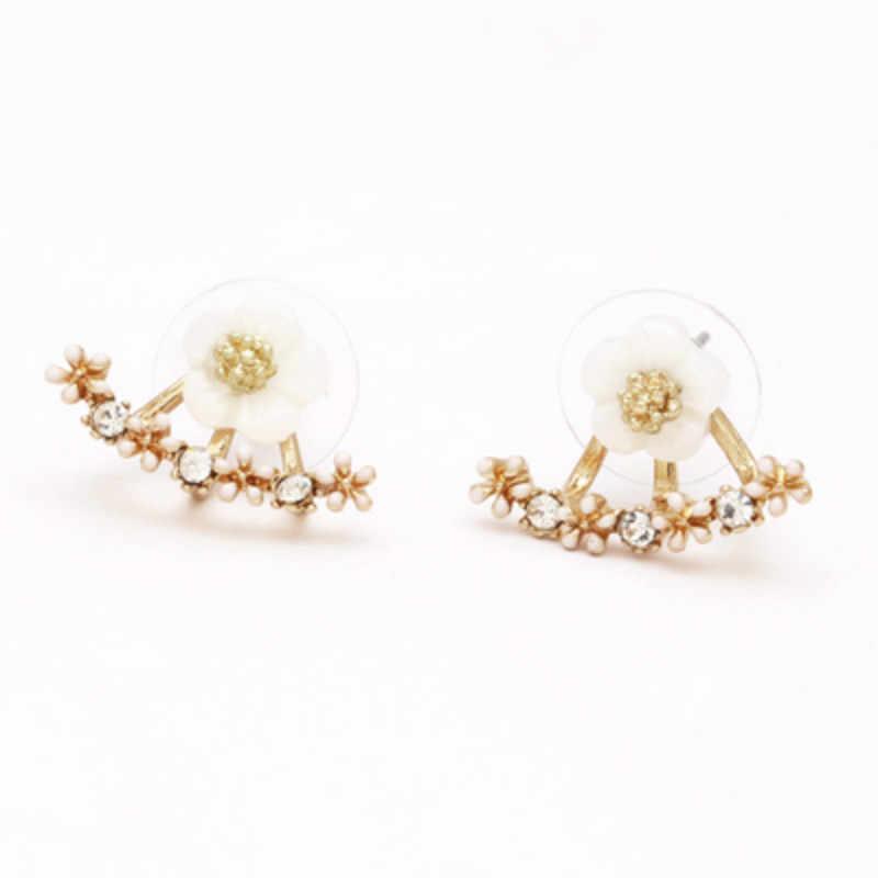 1pcs ขายหลังหูปีกหรูหรา Hoop ต่างหูผู้หญิงรอบ Cubic Zircon Charm ดอกไม้เครื่องประดับต่างหูผู้หญิง