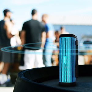 Image 3 - Cowin 6110 미니 무선 블루투스 4.1 스테레오 휴대용 스피커 16W 향상된베이스 마이크 TF 카드 야외 MP3 플레이어
