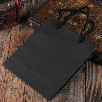 20 Pcs/Lot  Natural kraft paper bag with handle Wihte/Black Wedding Party Favor Paper Gift Bags Jewelry Bags & Pouches
