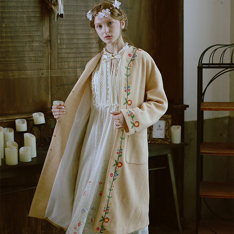 LYNETTE S CHINOISERIE Camel embroidery flower overcoat outerwear all match loose casual font b sweater b