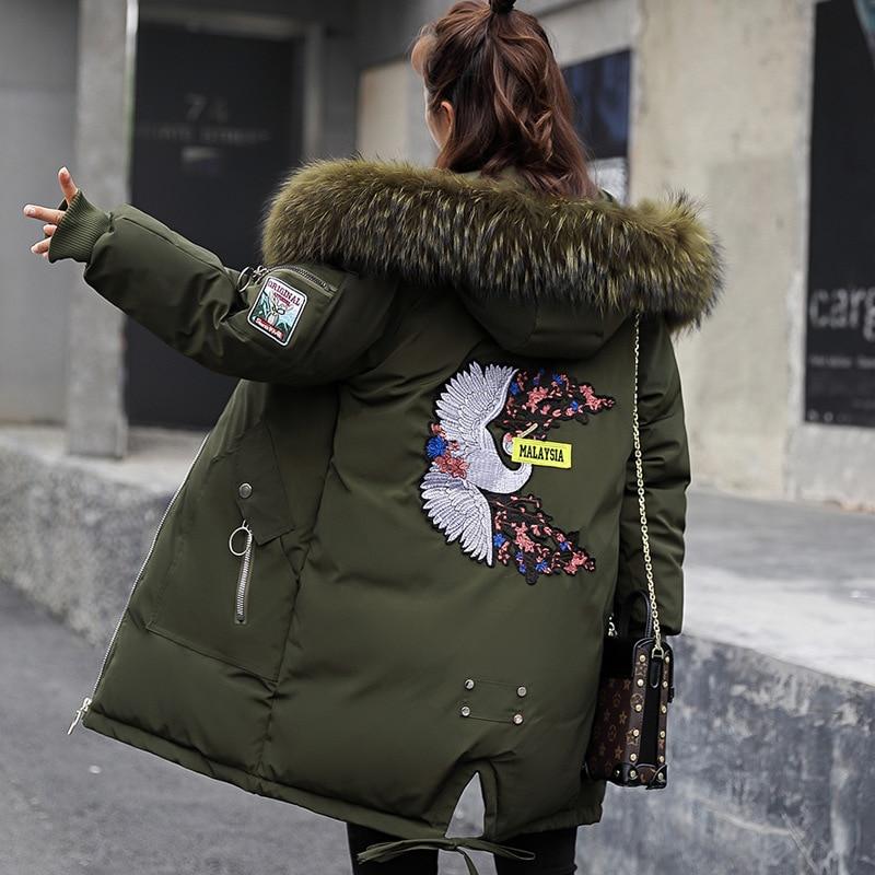2019 Winter Jacke Frauen Fell Kapuze Parka Lange Mäntel stickerei Baumwolle Gefütterte Winter Mantel Frauen Warm Verdicken Jaqueta Feminina