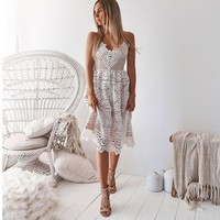 V Neck A Line Homecoming Dresses Spaghetti Strap Nude Lining White Lace Party Dress Junior Gown In Stock
