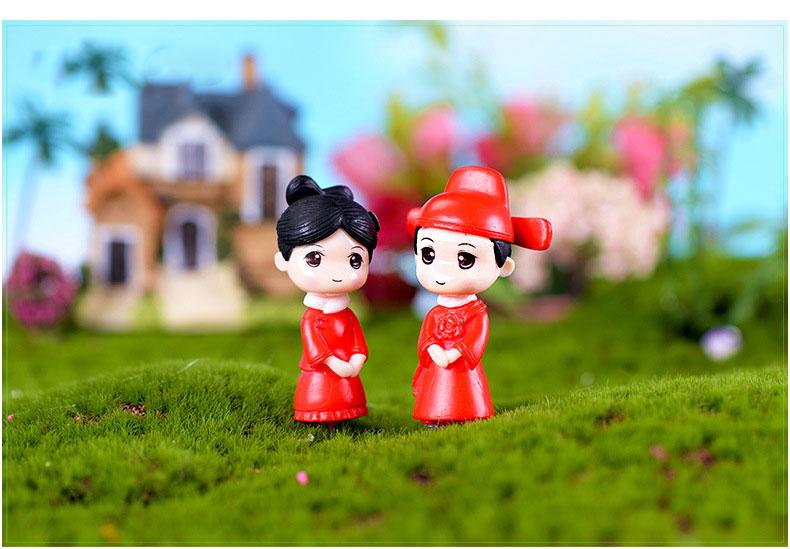 1Pair Cartoon Lover Boy Girl Ornaments Fairy Garden Miniatures Gnome Terrarium Decor Resin Crafts For Home Decor Miniatura DIY