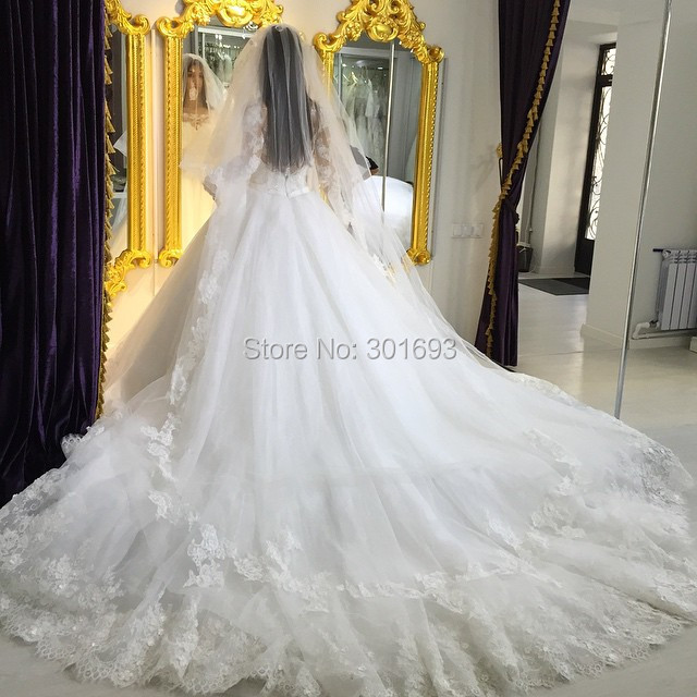 Oumeiya OW325 With Long Veil Soft Tulle French Lace Appliqued Ball ...