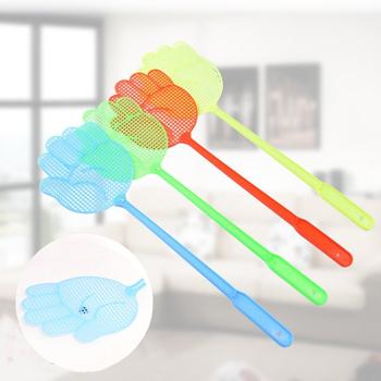 1 sztuk lekki gospodarstwa domowego klapy komara łapka na owady śliczny wzór dłoni plastikowe Fly Swatter Pest Control gadżety kolor losowo tanie i dobre opinie Kwiat Random Plastic Fly-swatter 40 * 11 * 0 7cm