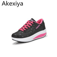 Akexiya giảm giá 2017 phụ nữ giày đu nữ giày giày thường giày thang máy platform wedge high heels tenis femininodiscount