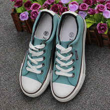 2017 Women Fashion Canvas Shoes all Lace-up  Shoes star Low Top Candy-colored Breathable  superstar  loafers Size35-40 130