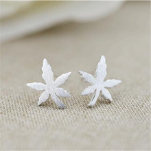 2018 Fashion 100% 925 Sterling Silver Jewelry Maple Leaves Stud Earrings For Women Sterling-Silver-Jewelry EH546(China)
