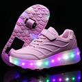 Crianças QUENTES Sapatos Rodas Com LED Iluminado Um PU De Couro E duas Rodas Rolo Crianças Sapato Menino & Meninas Moda Sapatilhas Ocasionais
