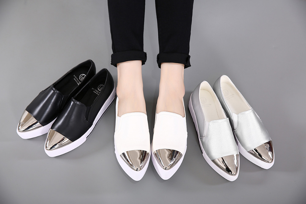 ФОТО POPULAR Size 35-40  Pointy Toe Flat Platform Shoes Pigskin Leather Shoes Black White Color Slip On Women's Shoes