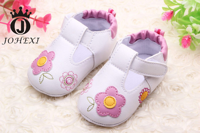 2017 Fashion Princess Flowers Velcro Newborn Baby Girl Shoes Infant Baby First Walker Shoes Soft Soles pink/sky blue 11cm-13cm