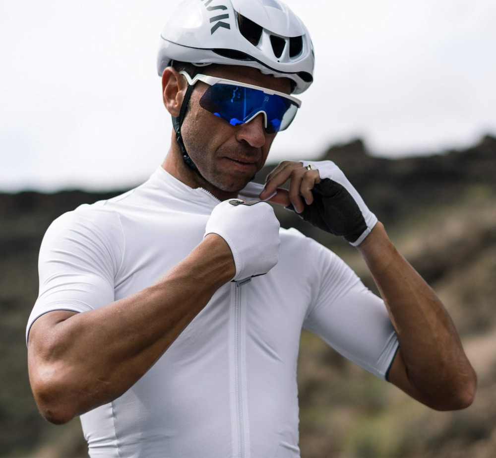 2019 PRO TEAM Mens Cycling Jersey Comfortable Bike Bicycle Shirt White Quick dry Sports Wear Short Sleeve Cycling Clothing2019 PRO TEAM Mens Cycling Jersey Comfortable Bike Bicycle Shirt White Quick dry Sports Wear Short Sleeve Cycling Clothing