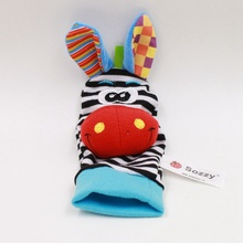 Cute Animal Shaped Rattle Socks for Babies