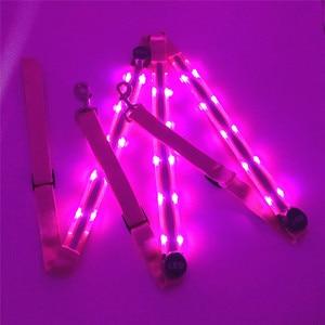 Image 4 - Rechargeable LED Cheval Harnais Colliers multi couleur En Option Double LED Fortes Lumières Cavaliers de Sécurité Déquitation Licols Un