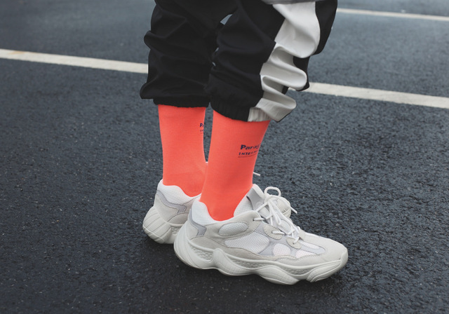2018 new fluorescent color socks green socks ins Harajuku style men and women in the tube socks street shooting tide socks