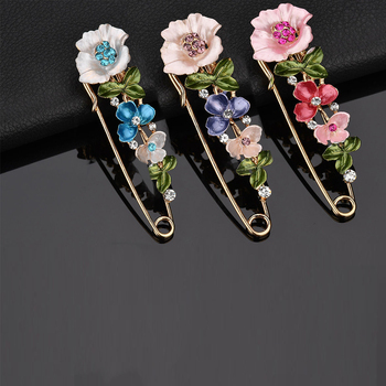 2017 Large Vintage Female Pins and Brooches for Women Collar Lapel Pins Badge Flower Rhinestone Brooch Jewelry lotus fun 925 sterling silver brooches for women lotus flower lapel pins men suit scarf collar brooch fine jewelry