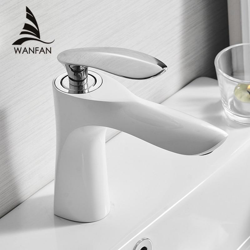 Cuenca grifos de baño elegante grifo de agua fría y caliente lavabo grifo mezclador de latón cromado baño Agua grúa oro 220R