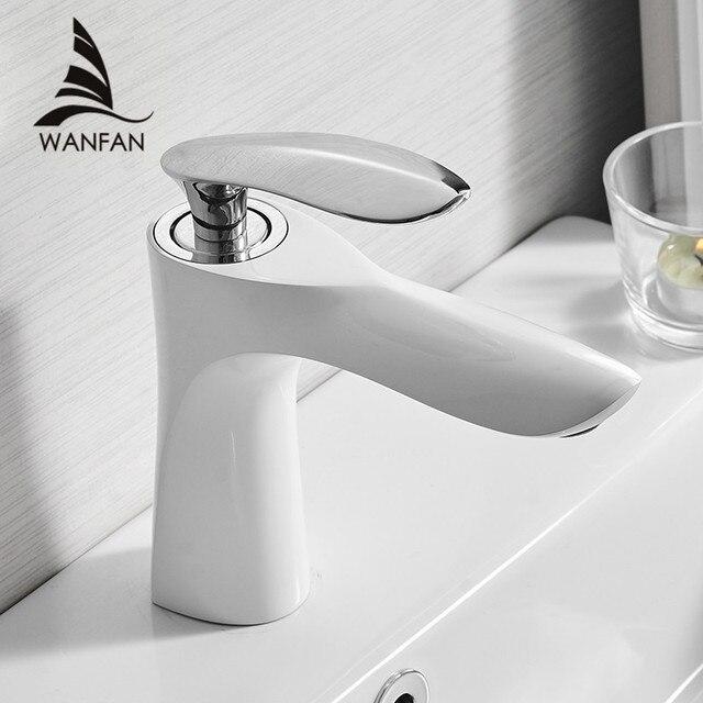 Wastafelkranen Elegante Badkamer Kraan Warm En Koud Water Wastafel Mengkraan Verchroomd Messing Toilet Sink Water Kraan Goud 220R