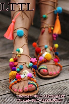 ФОТО 2017 summer newest style multi-color flat sandals clip toe lace up fringe colorful pom sweet girls' beach sandals cheap price