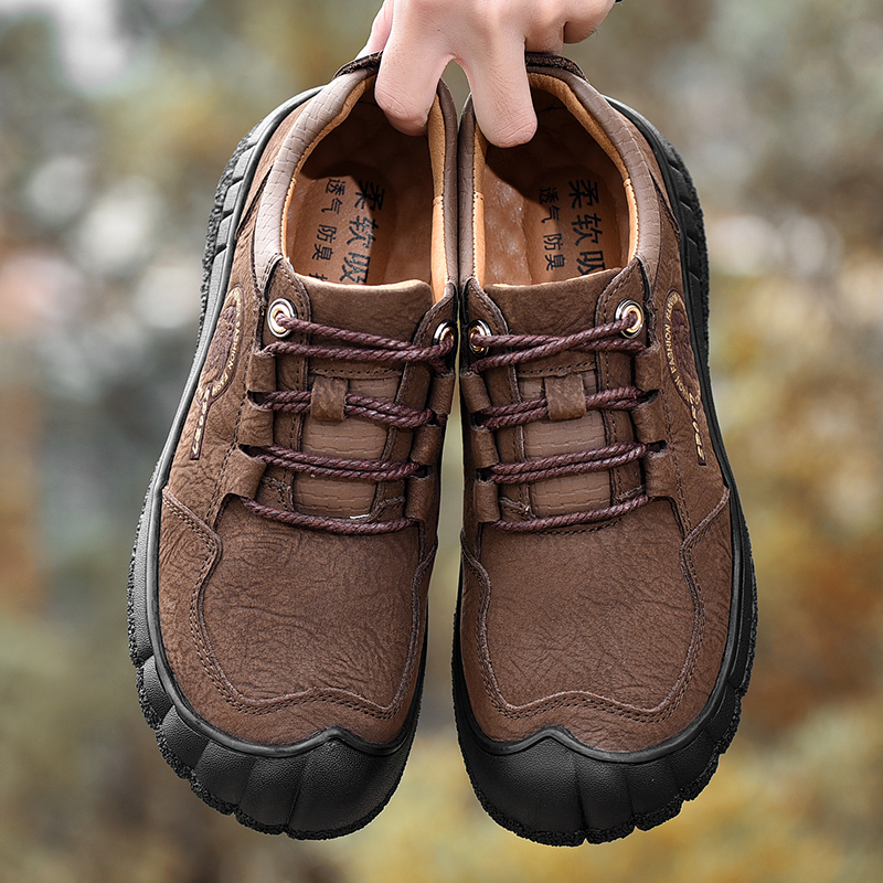 Big Size 38 46 News Leather Waterproof Mountain Outdoors Hiking Shoes Anti slip Men Trekking Sport Shoes in Hiking Shoes from Sports Entertainment