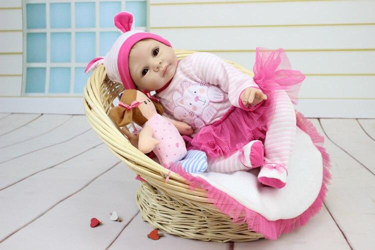55 CM silicone réel reborn bébés poupées belle fille rose robe doux au toucher bonecas brinquedos cadeau de noël pour enfants jouets