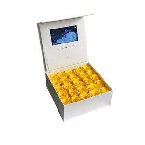 Image 3 - Жесткая обложка Цветы видео коробка 7 дюймов 2 Гб памяти Универсальная поздравительная карта HD просмотр буклет пюре для старшего игрока подарка