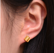 Authentic 24k Yellow Gold Earring Square Earring Stud 2.70g