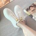 Cara de la sonrisa Ocasional Zapatos Entrenadores Shine PU de Cuero Zapato Tenis Femenino 2016 Nueva Manera de La Alta Calidad Blanca Del Otoño Del Resorte