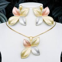 ModemAngel High Quality Luxury Leaves 3 Tone Copper Pendant Necklace And Earring Set For Dubai Women Wedding Engagement Jewelry