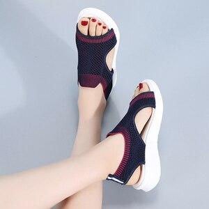 Image 5 - STQ kobiety sandały 2020 buty damskie kobiety lato Wedge Comfort sandały damskie płaskie Slingback sandały na płaskim obcasie kobiety Sandalias 7739