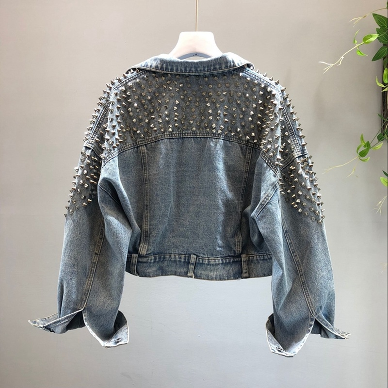 European Style Women Denim Jacket Coat Fashion Rivet Design Short Jeans Jacket Female Batwing Sleeve Loose Outwear Streetwear