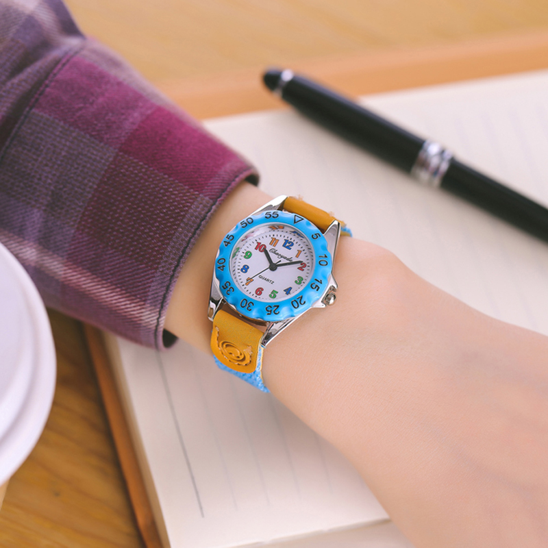 Children's Watches 2019 Blue Cartoon Dial Child Watch Boy Long And Short Pointer Quartz Movement Clock Girl Holiday Gift Elogio Menino