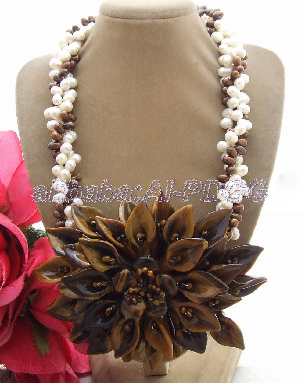 3Strds Pearl&Tigers Eyes Necklace3Strds Pearl&Tigers Eyes Necklace