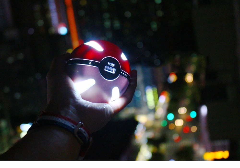 SD72-Portable-Pokeball-Go-Ball-First-Generation-Power-Bank-4000mAh-External-Battery-Charger-Backup-Magic-Ball-For-iPhone-5s-6s- (10)