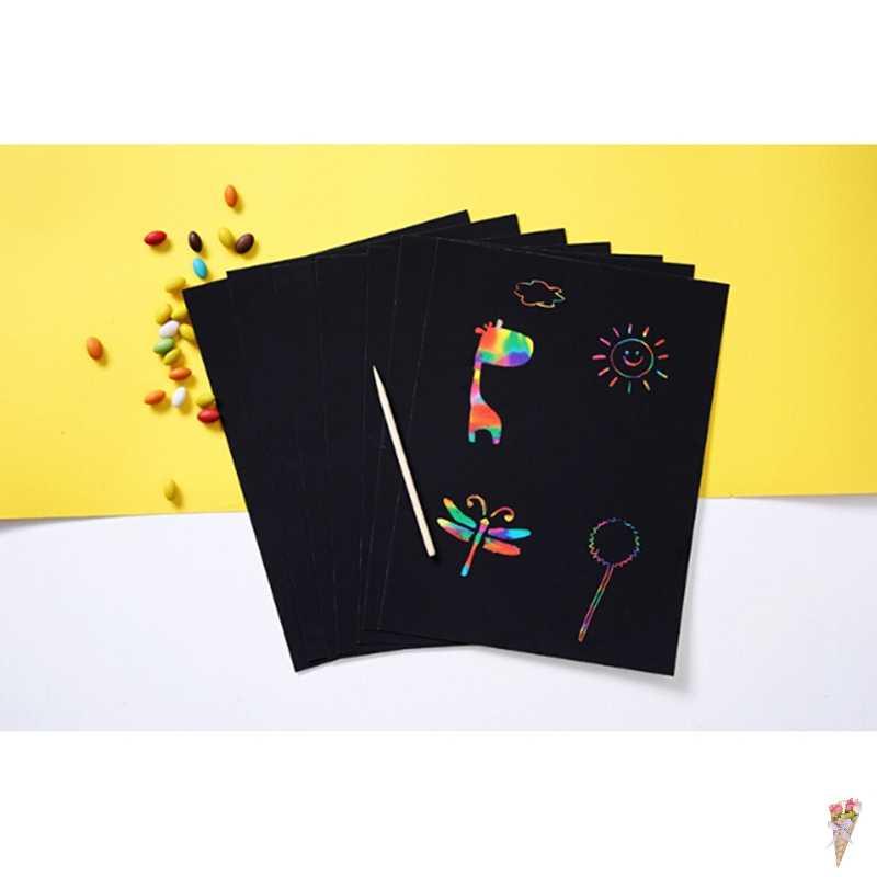 10 Lenzuola Nero Environmentally-friendly A4 Magia Pittura Giocattoli di Carta Con Il Disegno Bastone di Giocattoli Per Bambini