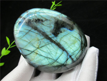 100% Natural Labradorite Quartz Crystal Stone Rough Polished from Madagascar Works of art For Lover Home decoration
