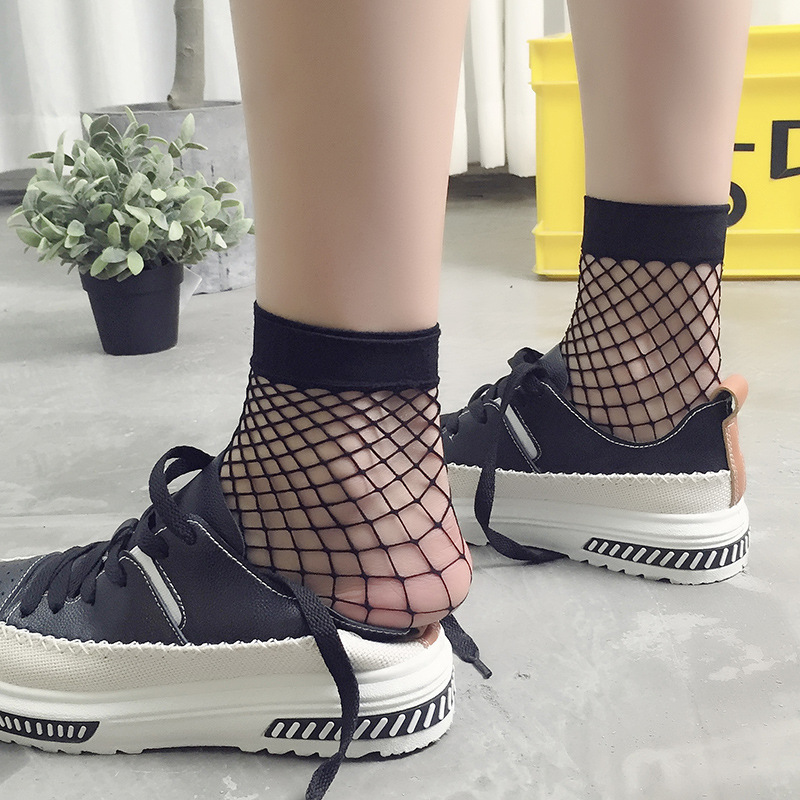2017 ALSSDBLY Summer Sexy Women Meshy Socks Thin Cool Breathable Plaid Hosiery 7 Colors Polyester Sock Pack of 3 PCS
