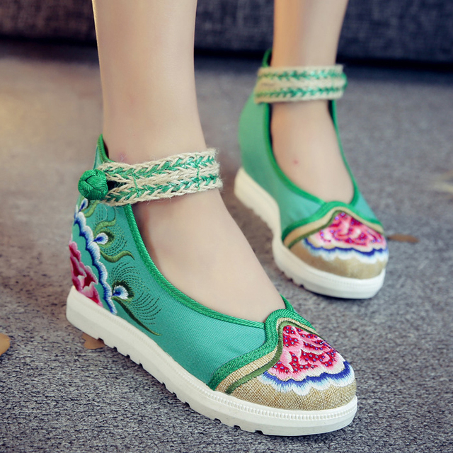Chinese Traditional Style Women Wedge Heel Shoes Ankle Buckle Floral  Embroidery Wedges Round Toe Free Shipping 696f6f5fb507