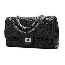 2017 new fashion leisure leather handbag camellia bag  selling a single Luxury high-erade party princess simple flower women bag