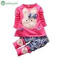 Девушки одежда 2016 Новый Ребенок Детская одежда хлопок Топ Брюки набор Одежды Милый Мультфильм Кролик полный рукавом дети наряд 1-3 лет