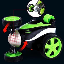 Dublör Dans RC Araba Yuvarlanan Elektrikli Kontrollü Mini Araba Komik Haddeleme Dönen Tekerlek Araç Oyuncak Çocuk Doğum Günü Hediyeleri Için