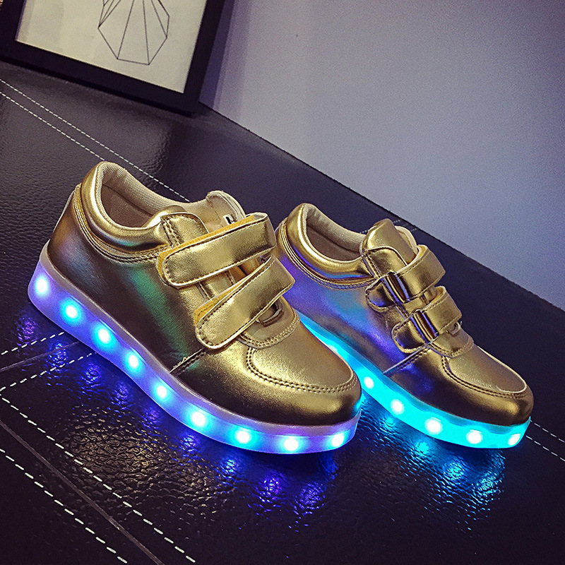 2017 New Children Canvas Shoes Wiht Led Light Boys Girls Luminous Usb Charger Sneakers Brand Fashion Kids Sports Shoes комбинезон тузик утепленный такса средняя сука