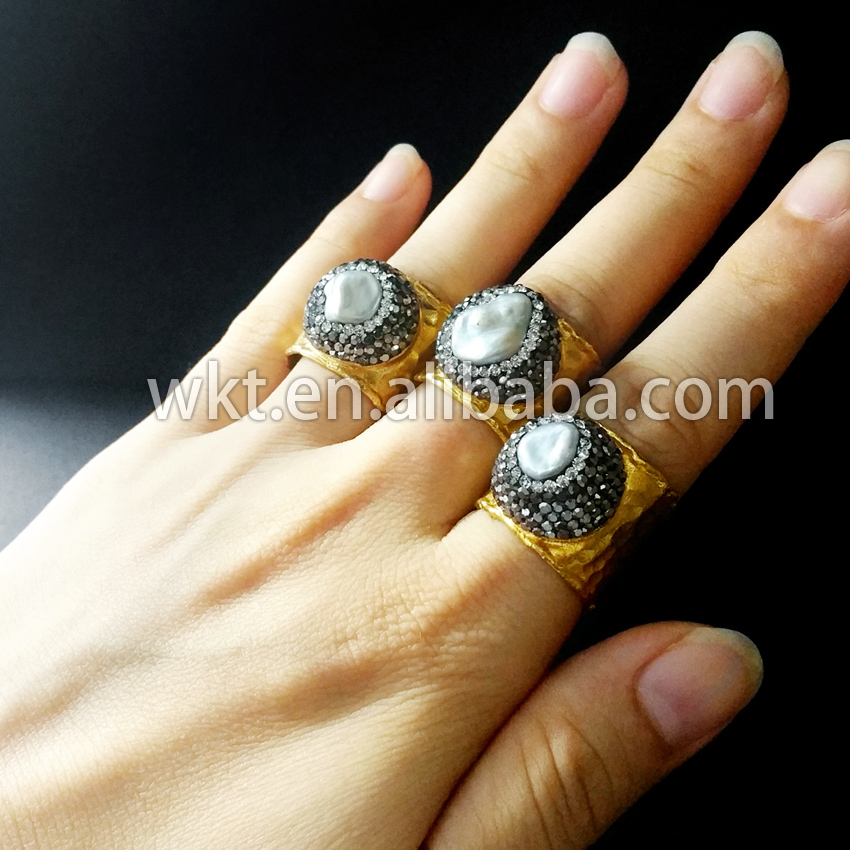 Exclusive! Natural freshwater mother of pearl rings,  matted gold - Fashion Jewelry - Photo 3